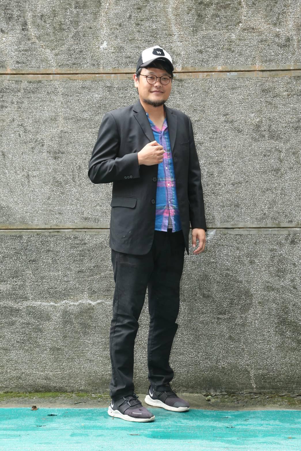 蘇打綠團長阿福擔任「不廢搖滾嘉年華」側展人。記者陳立凱/攝影