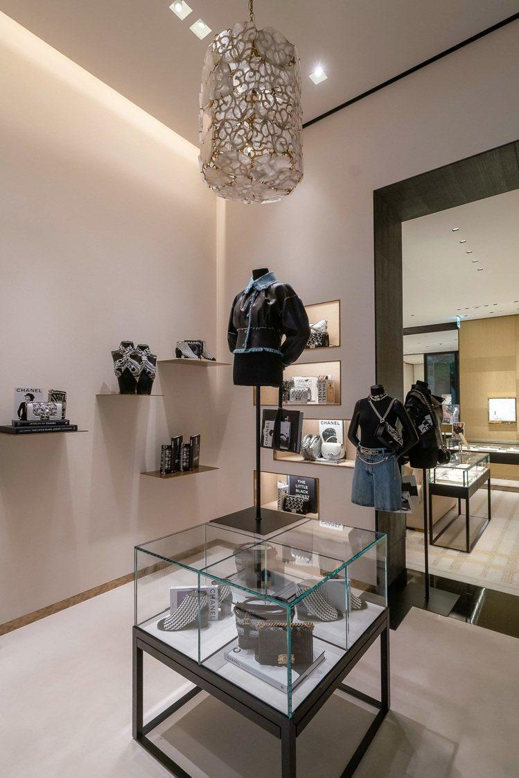 香奈兒信義新光三越A4服飾暨腕表珠寶專門店一樓。圖/香奈兒提供