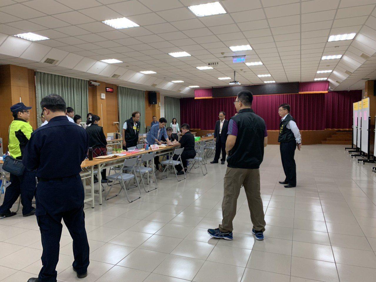 立委選舉今天登記截止。記者鄭維真/攝影