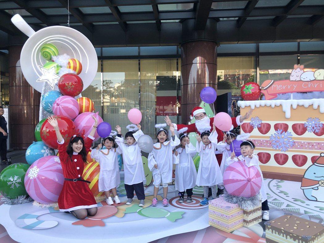 「莓你不行草莓蛋糕」姊妹們一起創造專屬的歡樂午後甜點時光,也要打造全台最強人氣打...