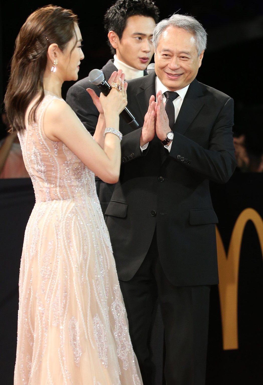 金馬主席李安(右)走星光大道。記者陳立凱/攝影