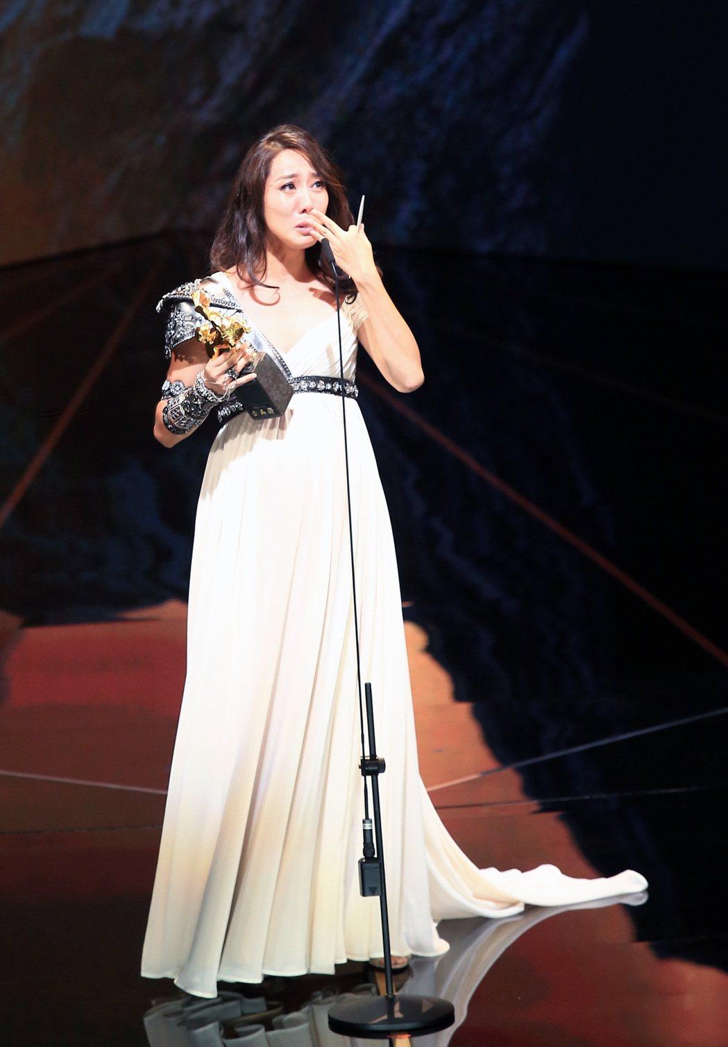 第56屆金馬獎頒獎典禮,張詩盈獲頒最佳女配角獎。記者林伯東/攝影