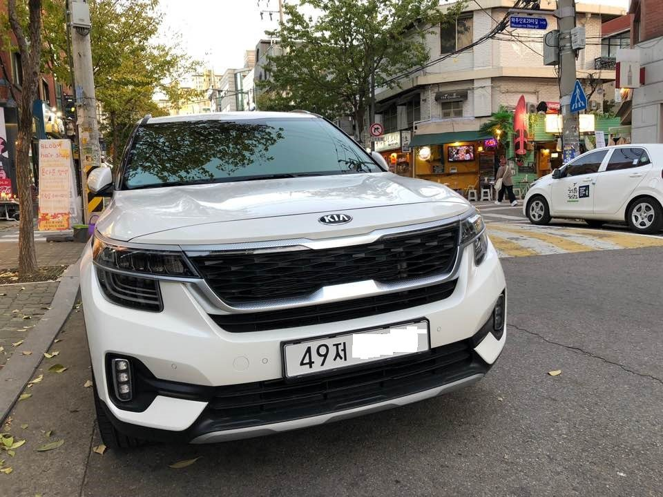 Kia Seltos自七月起於韓國上市後,在休旅車銷量排行中,僅次於Hyunda...