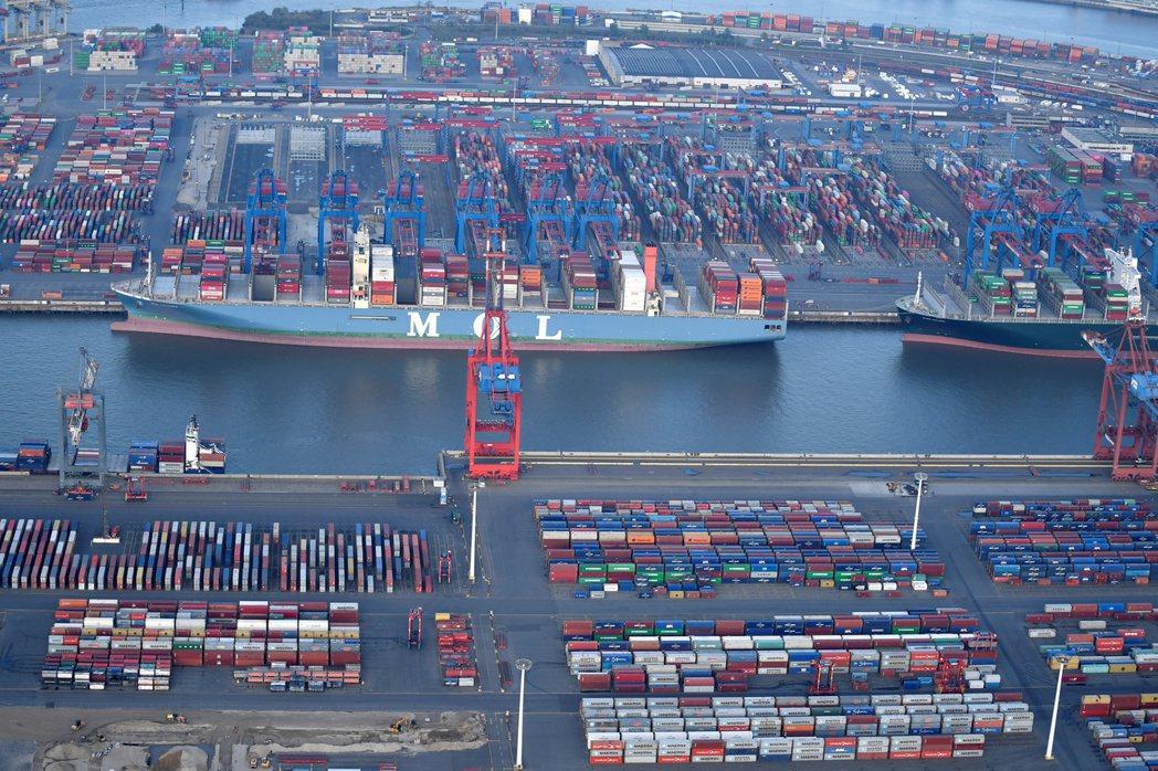 WTO最新統計顯示,G20今年5月中旬至10月中旬這半年間新設的貿易壁壘激增,影...
