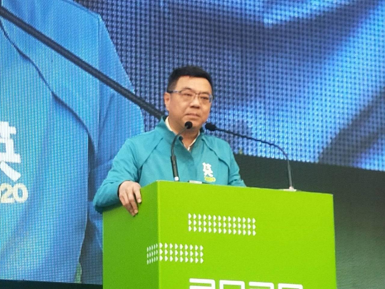 批國民黨不分區,卓榮泰:吳敦義把紅色汽油倒自己頭上。記者游明煌/攝影