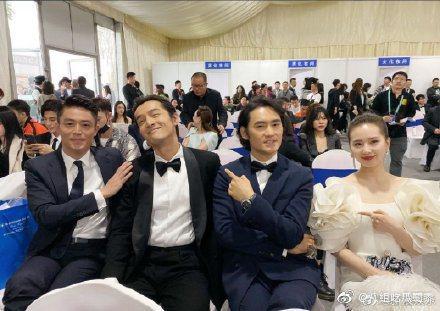 霍建華(左起)、胡歌、袁弘、劉詩詩「仙劍奇俠傳3 」組合同框,網友勾回憶殺。圖/