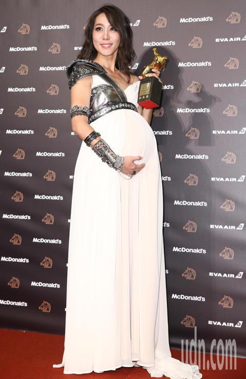 第56屆金馬獎頒獎典禮,張詩盈獲頒最佳女配角獎。