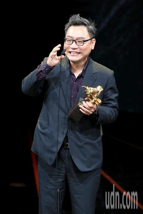 第56屆金馬獎頒獎典禮,賴秀雄以陽光普照獲頒最佳剪輯獎。