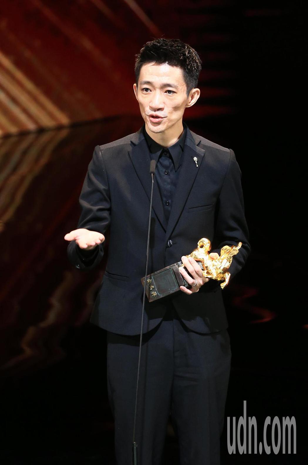 第56屆金馬獎頒獎典禮,「返校」徐漢強獲得最佳新導演。記者林伯東/攝影