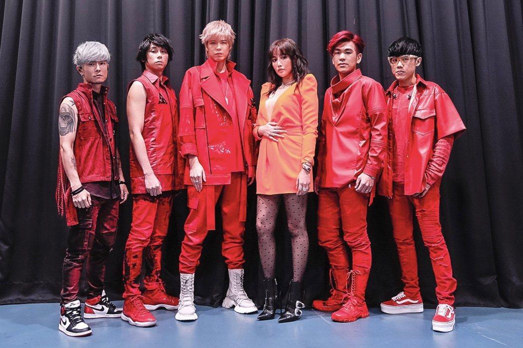 八三夭邀請A-Lin(右三)擔任嘉賓。圖/JUSTLIVE就是現場提供