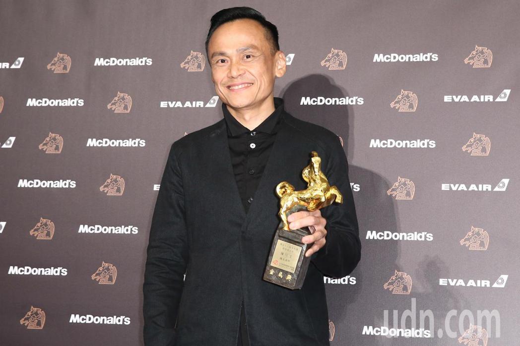 第56屆金馬獎頒獎典禮,陳以文以陽光普照獲頒最佳男主角獎。記者曾原信/攝影
