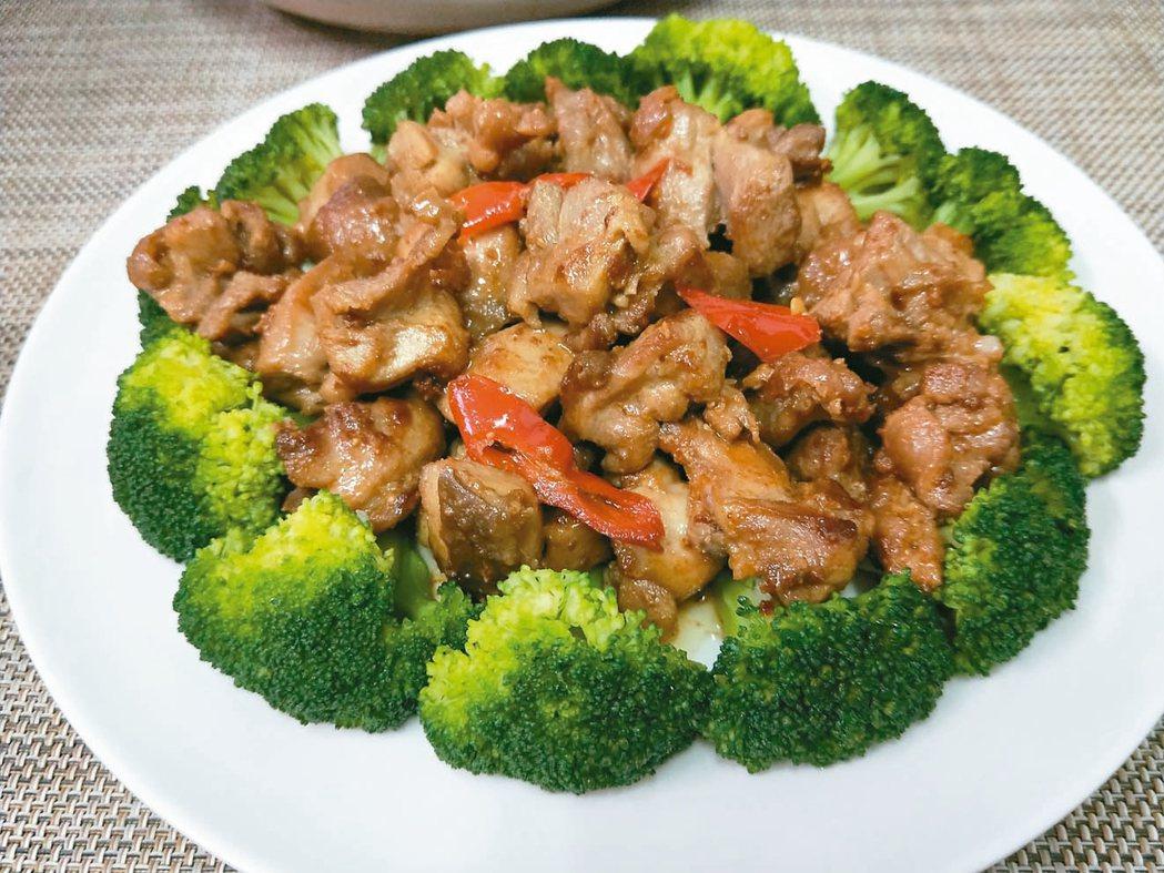 雞肉燴花椰菜