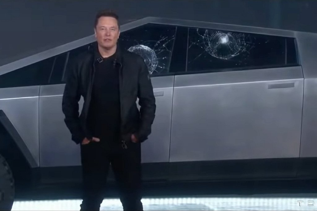 Tesla Cybertruck發表會上,「Tesla armor glass」...