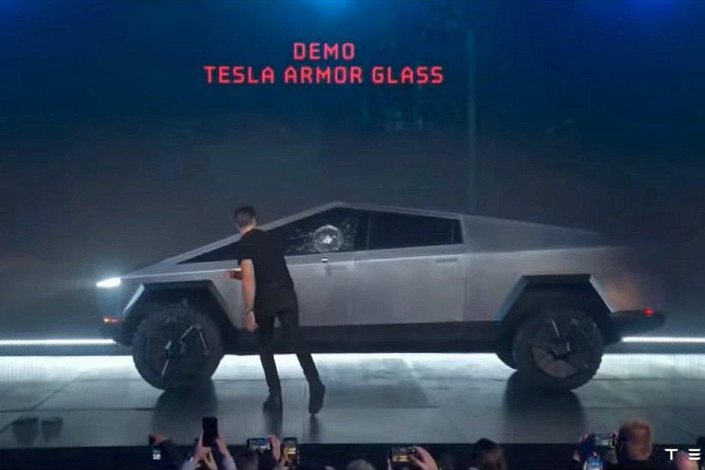 Tesla Cybertruck搭載「Tesla armor glass」盔甲玻...