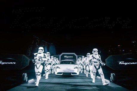 帝國風暴兵和Porsche搭嗎?特製專屬飛船將亮相