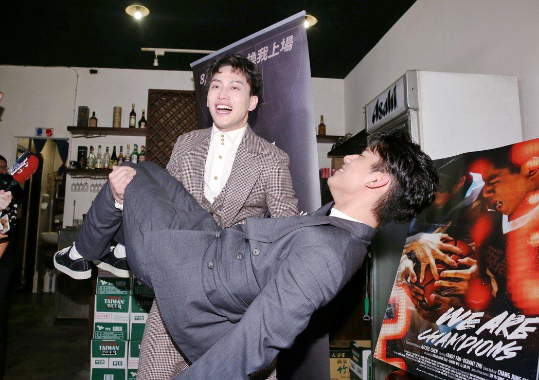 電影《下半場》中飾演HBL選手「姜秀宇」的范少勳喜慶得金馬56最佳新演員,興奮的