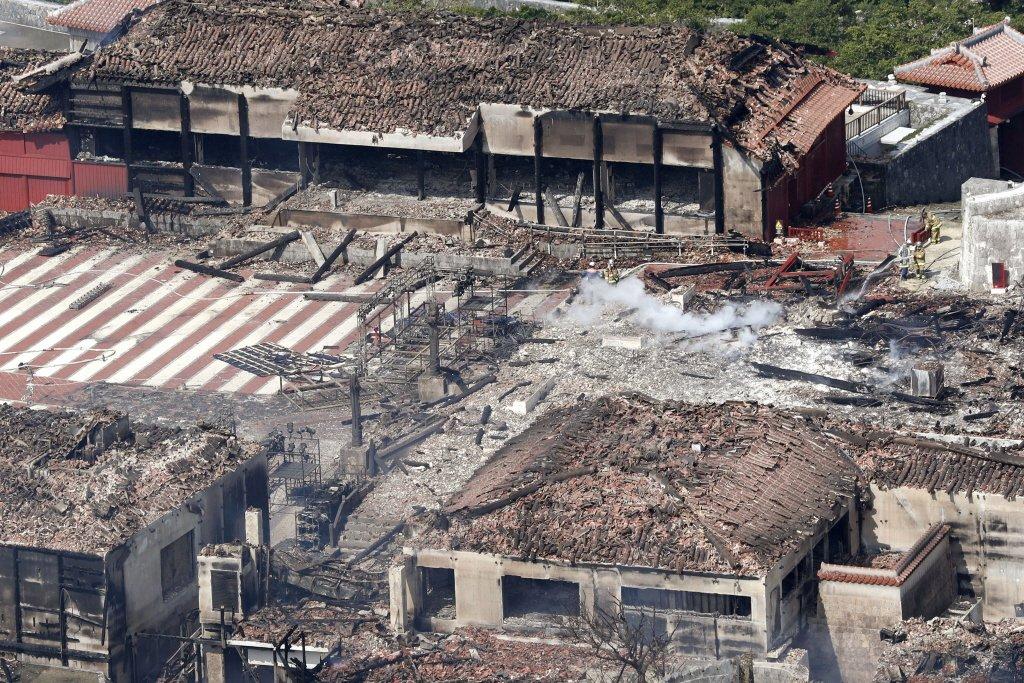 2019年再遭祝融的沖繩首里城,災後馬上宣布要「重建」。 圖/美聯社
