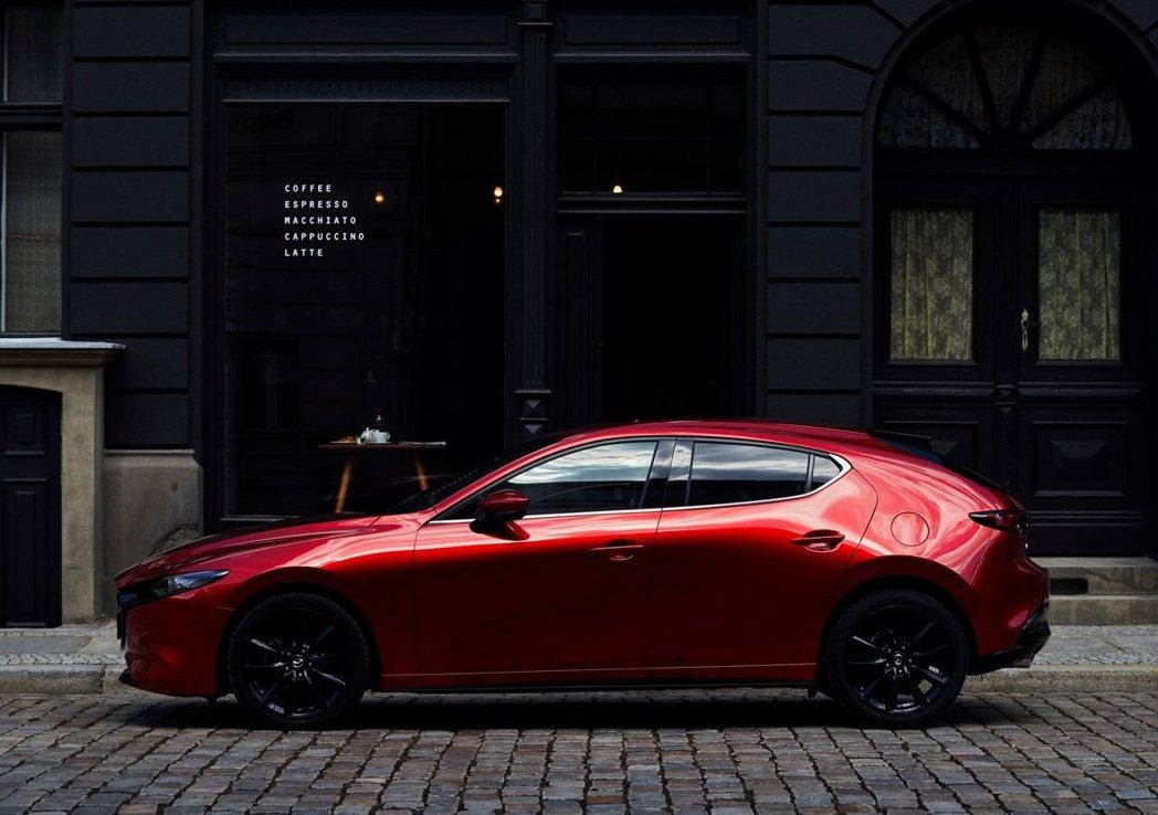 Mazda 3 SKYACTIV-X車型將於今年12月5日於日本上市。 圖/Ma...