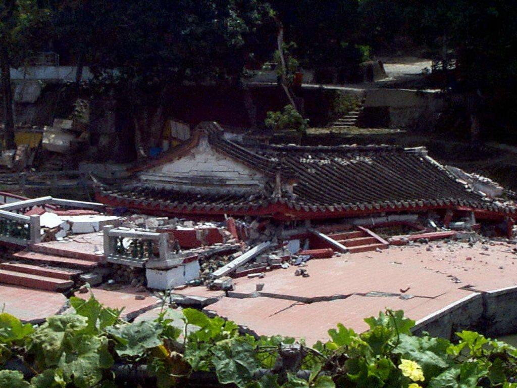 霧峰林家花園在921大地震後,總建築毀壞超過7成。 圖/聯合報系資料照
