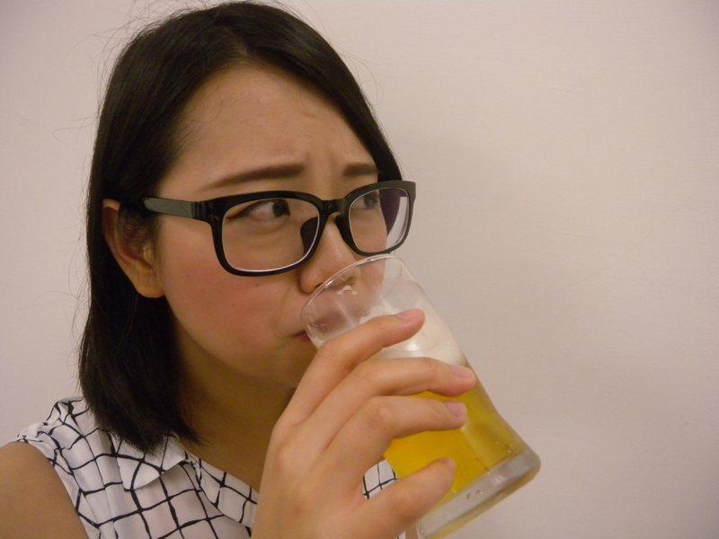 許多人一喝酒就臉紅心悸,這代表「乙醛去氫酶」(ALDH2)變異。圖為示意圖。 圖/聯合報系資料照片