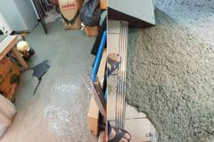 離譜建商施工!租屋處慘被水泥淹 網友驚:這房子廢了
