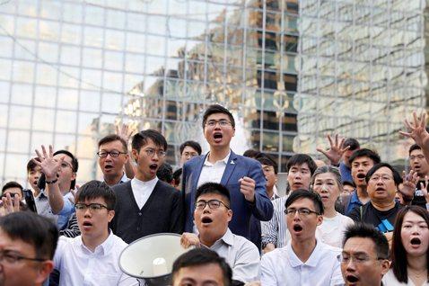 香港逆轉勝的第一步:壓倒性的民意,能否迫使港府讓步?