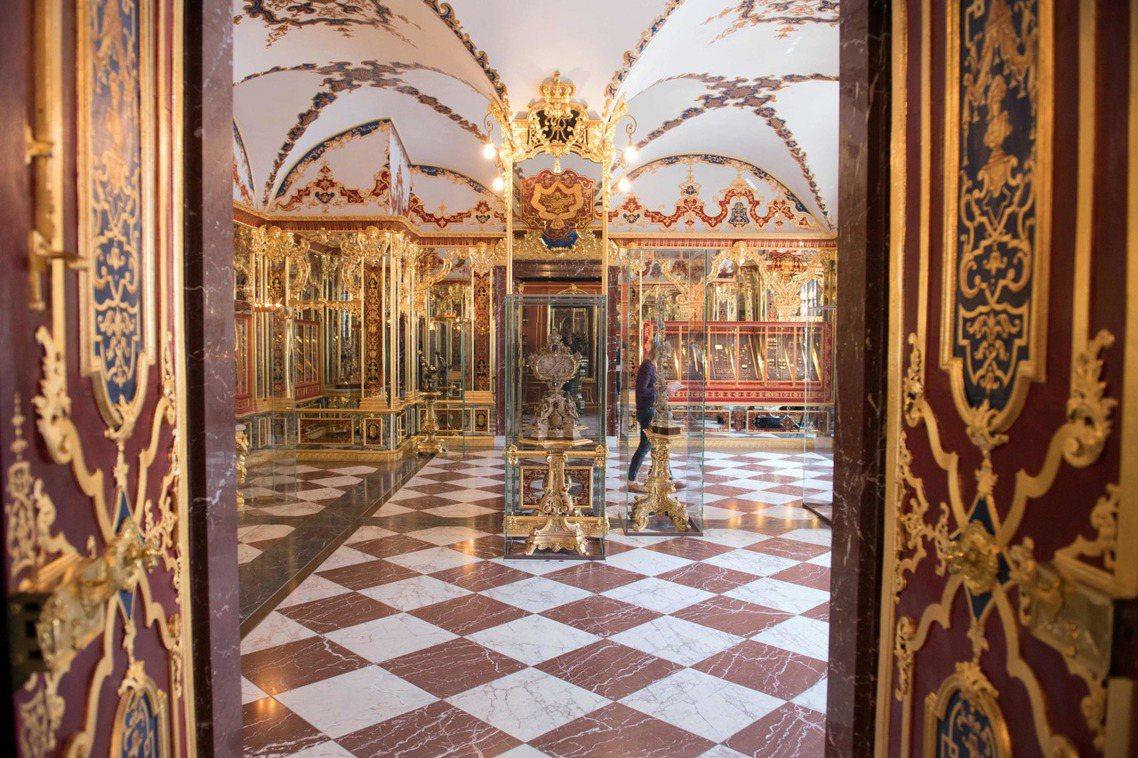 歐洲最大珠寶博物館之一的德國德勒斯登「綠穹珍寶館」(Grünes Gewölbe...