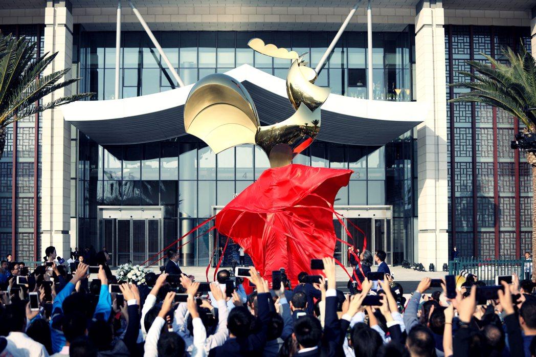 今年在廈門所舉行的金雞百花獎電影節期間,中國電影家協會也在電影節會議中提出「從電...