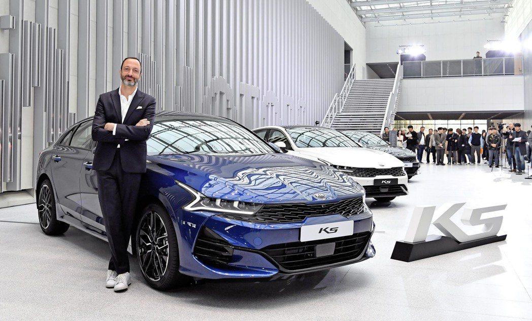 前BMW設計師、現任Kia汽車設計總監的Karim Habib,日前也出席了新世...