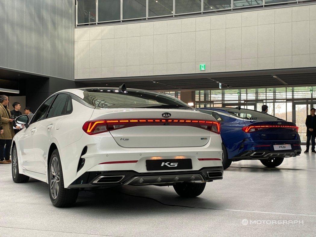 第三代Kia K5預計在12月正式於韓國上市。 摘自motorgraph.com