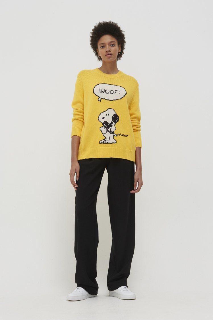 Snoopy WOOF!針織上衣,售價13,300元。圖/美之心MINOSHIN...