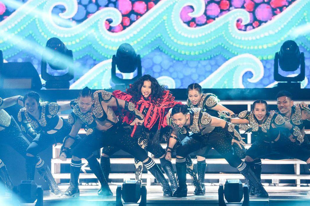 莫文蔚「絕色」巡演安可場於北京登場。圖/莫家寶貝工作室提供