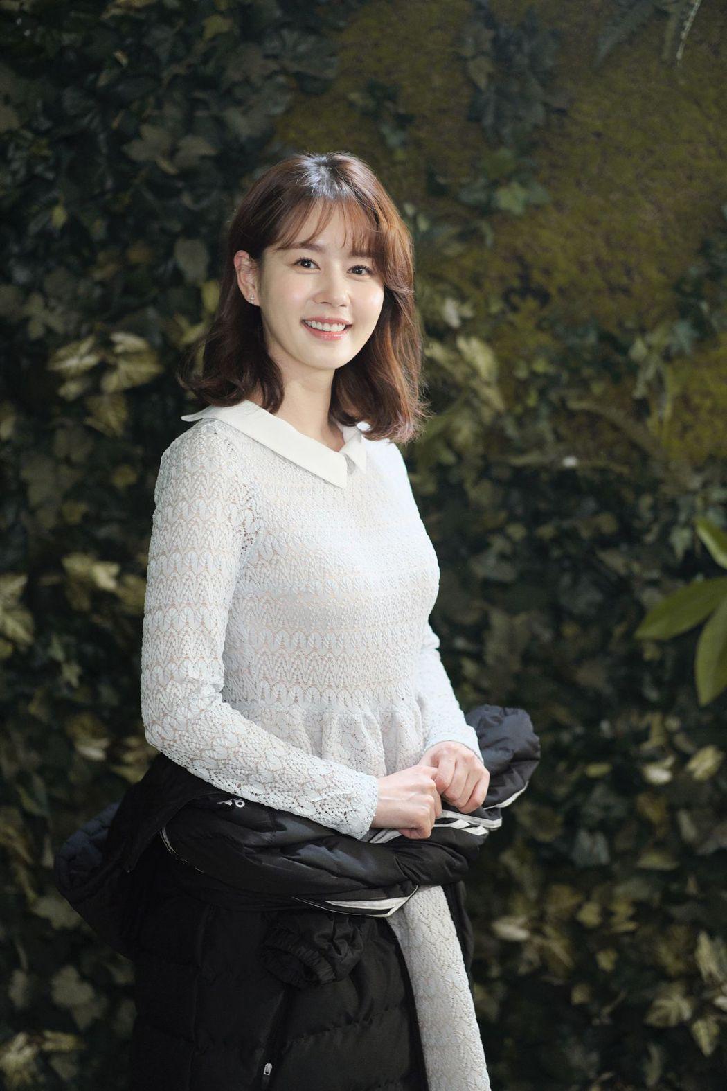 金珠賢在「富家公子」中飾演女主角金英荷。圖/中天提供