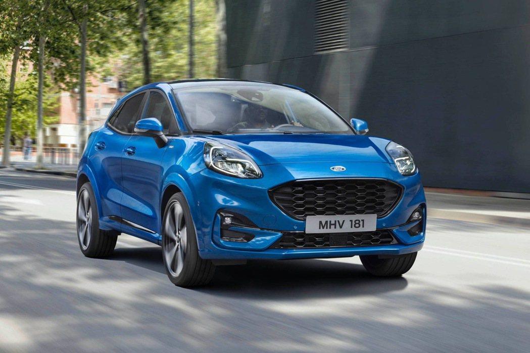 Ford Puma設計上頗具巧思,動力部分也搭載先進科技。 圖/摘自carsco...