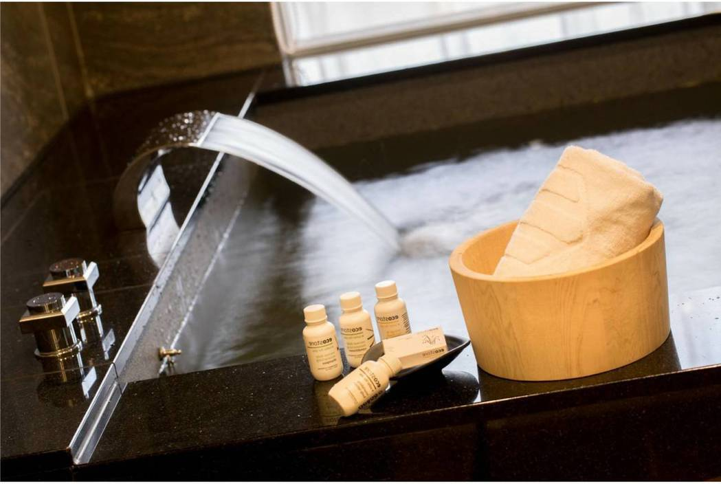 冬天來山形閣泡湯,享受