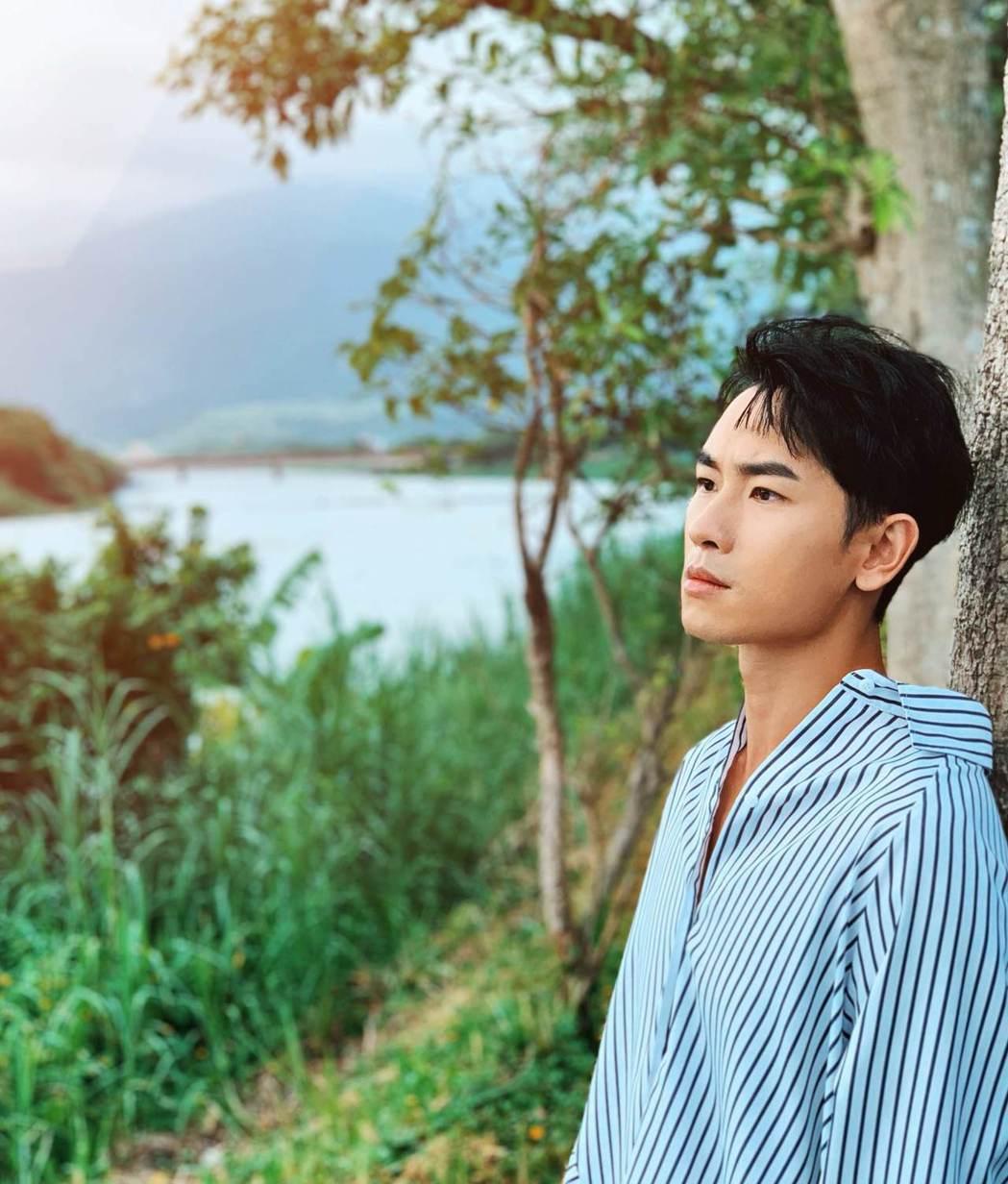 陳謙文推出台語新歌「永遠甲你牽」。圖/星火映畫提供