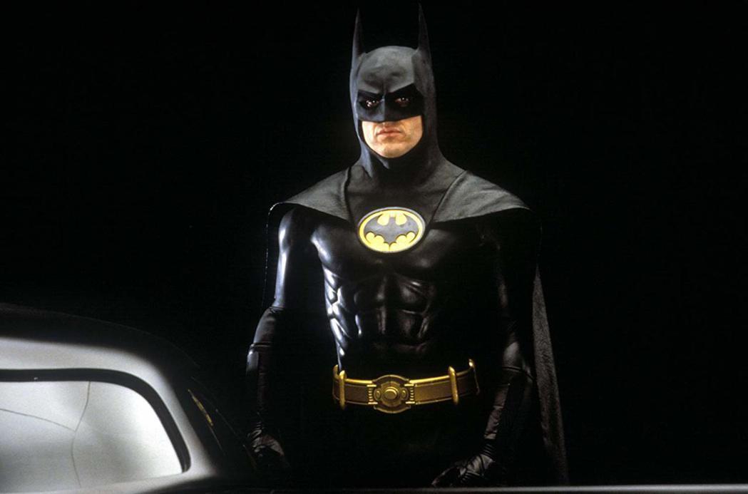 「蝙蝠俠」在DC漫畫英雄中的人氣永遠高居冠軍。圖/摘自imdb