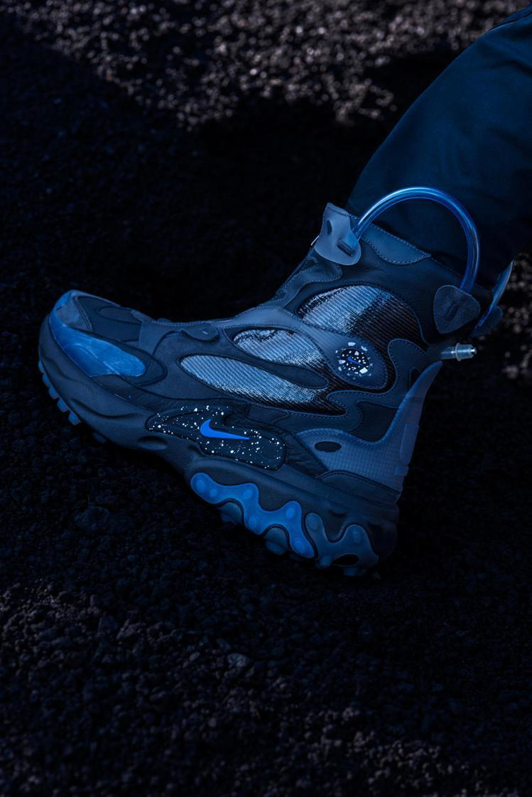 Nike x Undercover React Boot運動鞋。圖/Nike提供