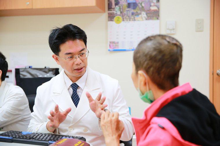 花蓮慈濟醫院副院長何宗融將在下月7日下午4時30分,於台灣醫療科技展中分享中西合...