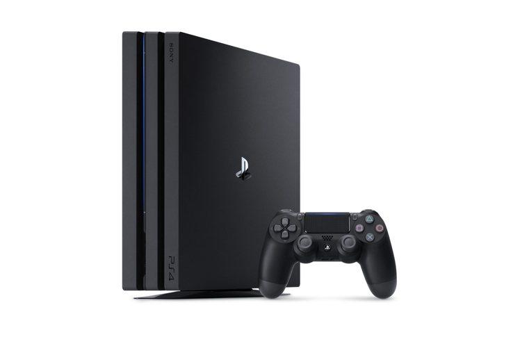 PS4 Pro-1TB《極致黑》遊戲主機,原價12,980元、PChome 24...
