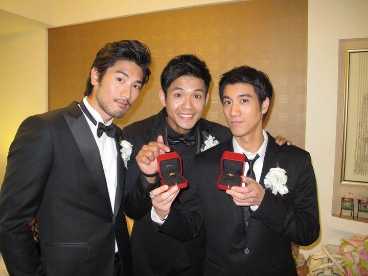 高以翔(左)、王力宏(右)是陳建州的伴郎。圖/摘自臉書