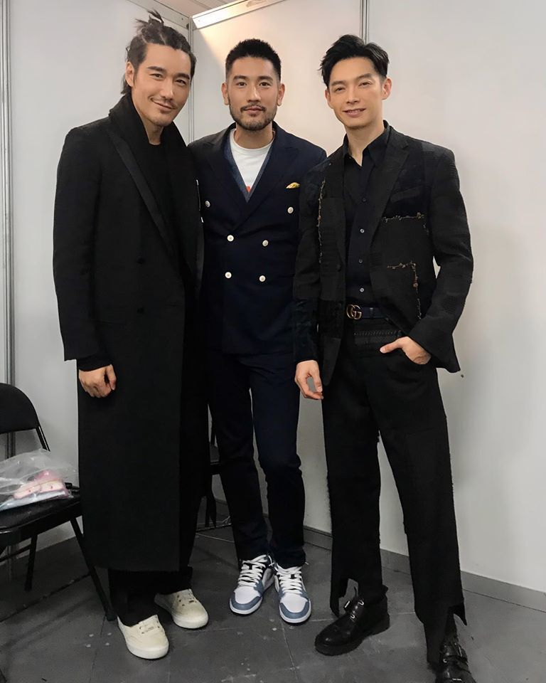 辰亦儒(右)與高以翔(中)一同錄製「追我吧」。圖/摘自臉書