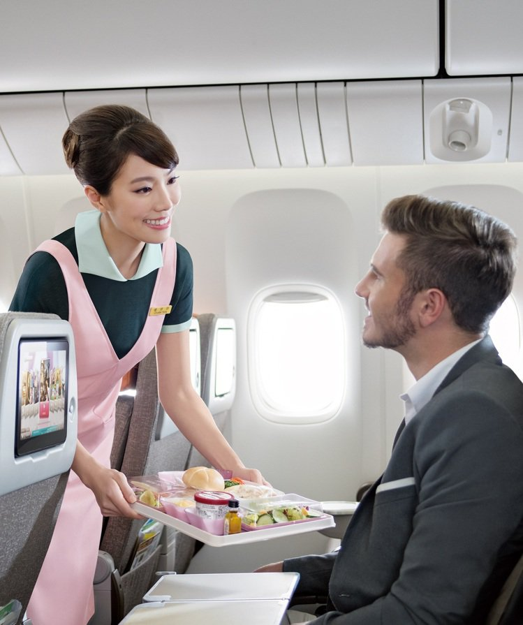 長榮航空推出台北飛普吉島航線,預計明年4月2日起開航。圖/長榮航空提供