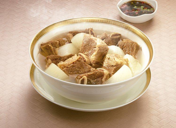 7-ELEVEN年菜預購推出「天香樓mini清湯牛小排」,售價999元。圖/7-...