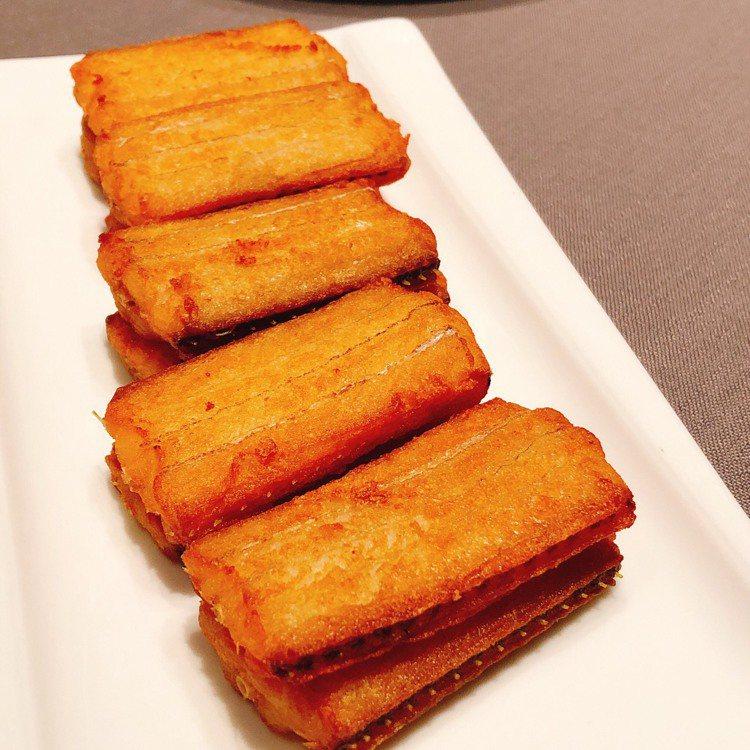 美食家大師姊也驚嘆的帶魚。記者錢欽青/攝影