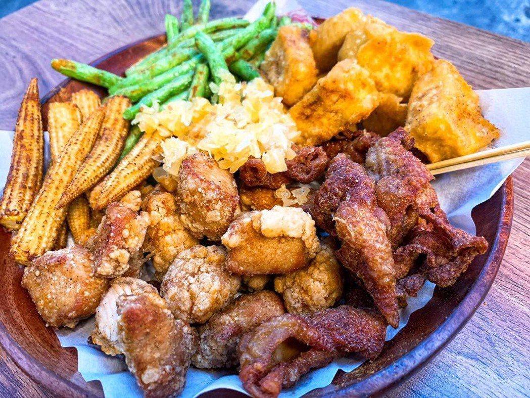 GIGI的鹽酥雞口味特別,有一股中藥香。圖/GIGI臉書