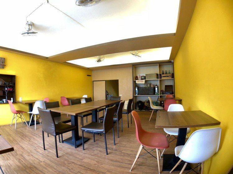 「南泉冰菓室」內用空間舒適寬敞。圖/南泉冰菓室 提供