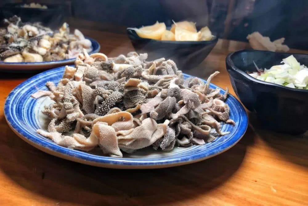 北京人稱,我家旁邊的爆肚才是心目中的第一名美食。 圖/摘自騰訊