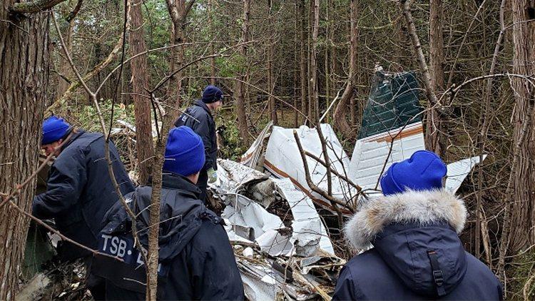 一架小型飛機昨晚墜毀在加國東部的安大略湖北岸樹木繁茂的地區,機上7人全數罹難。圖擷自<a href=https://www.cp24.com/news/pilot-in-fatal-kingston-plane-crash-identified-1.4706531 target=