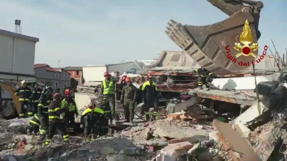阿爾巴尼亞26日發生規模6.4強震,造成數十人死亡。圖擷自Twitter